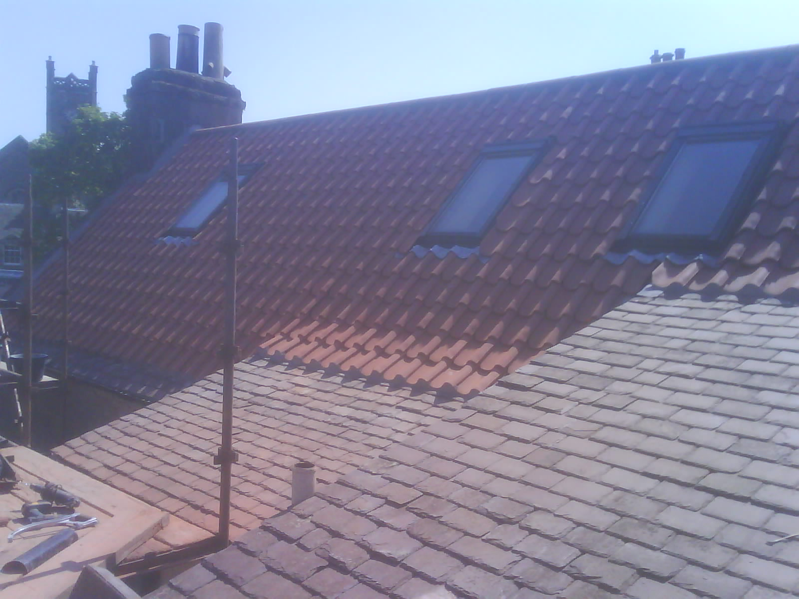 Old english pan tiles with slate roof rear view 2.JPG